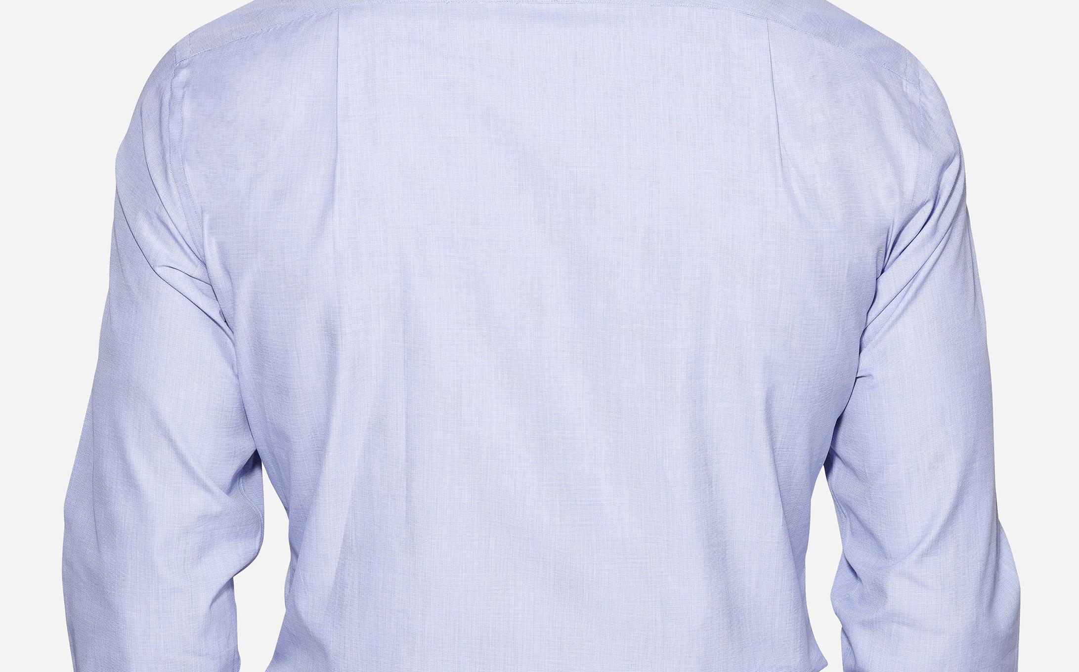 2 Pleats in back - 1 on each side shirt