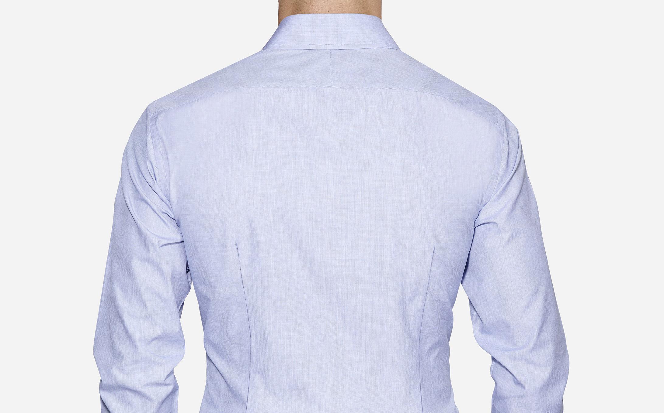 2 Darts in back shirt